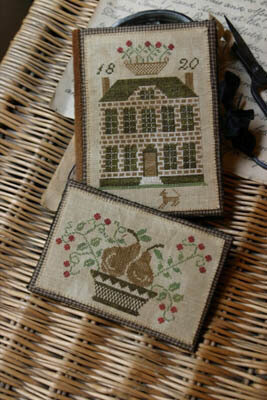 Boxwood Manor Sewing Book & Thread Keep