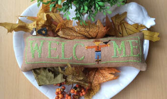 Wee Welcome - October Scarecrow - Cross Stitch Pattern