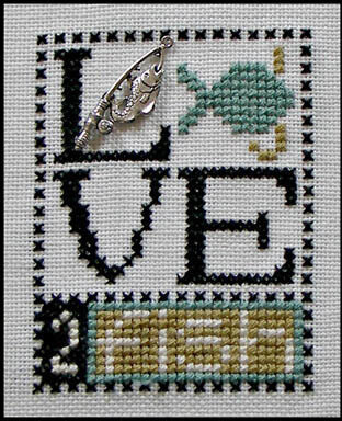 Love 2 Fish (w/charm) - Cross Stitch Pattern