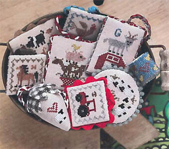 Festive Little Fobs 13 - Barnyard - Cross Stitch Pattern