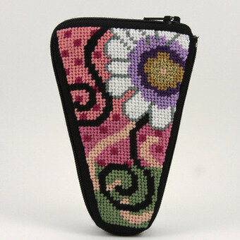 Scissor Case - Daisy Swirl - Needlepoint Kit