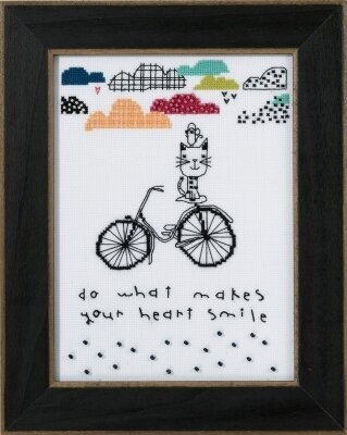 Makes Your Heart Smile (Amylee Weeks) - Beaded Cross Stitch