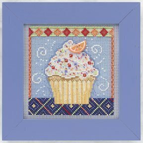 Vanilla Cupcake - Beaded Cross Stitch Kit