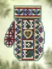 Noel Heart - Beaded Cross Stitch Kit