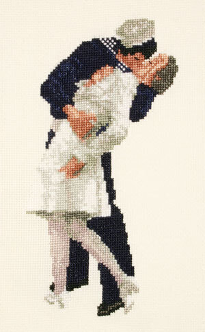 The Kiss - Cross Stitch Kit
