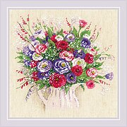 Bouquet with Eustoma and Gypsophila - Cross Stitch Kit