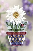 White Daisy (beaded kit)